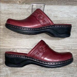 NWOB Clark's Bendables Merlot Leather Mules
